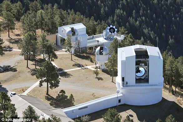 阿帕奇波因特天文台位于美国新墨西哥州萨克拉门托山。