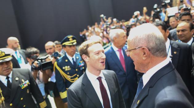 2016年11月19日,Facebook首席執行官扎克伯格出席AEPC工商領導人峰會——APEC利馬峰會的一部分。18日,秘魯總統庫琴斯基揭開本屆亞太領導人峰會大幕,呼籲各國領導人積極捍衛自由貿易,反對美國和歐洲出現的保護主義趨勢。