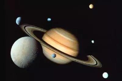 """21日天宇上演""""土星合月"""":清晰见到幕浪漫的""""星月童话"""""""