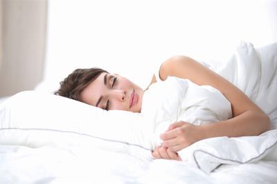 颠覆常识:熬夜又赖床的人其实更聪明