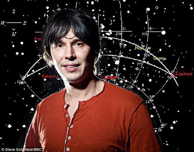 """英国科普节目常驻嘉宾、曼彻斯特大学教授布莱恩·考克斯指出,世界上最强大的粒子加速器""""大型强子对撞机""""能够解释为何幽灵和鬼魂纯属虚构。"""