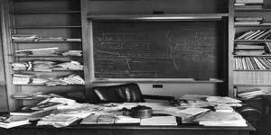 图5。 爱因斯坦在普林斯顿的办公室(1955)