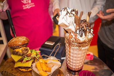 全球最贵!卡塔尔王室制作汉堡拍出7万天价