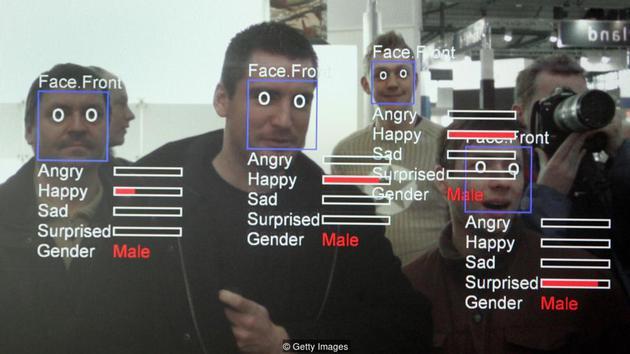 人工智能可高效开展实际任务,如给照片贴标签、理解口头和书面自然语言、甚至帮助确诊等。