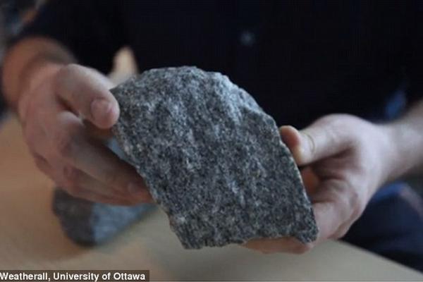 加拿大现地球最原始地壳痕迹