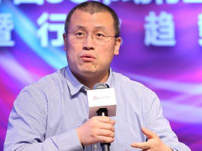邓庆旭:手机渠道线下更多是体验 最终还是线上购买