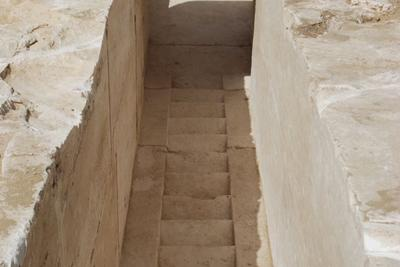 埃及发现距今3700年历史的金字塔遗址 或为王后墓穴