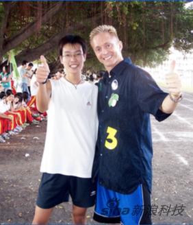 Tommy与他的中国朋友