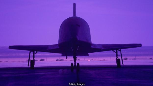 许多太空飞机,包括美国的X-34,都对无人驾驶的设计进行了探索