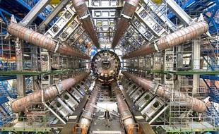 大型强子对撞机又有新发现:异常信号