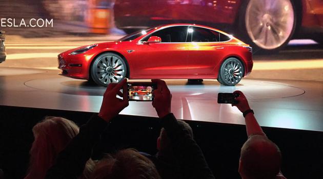 特斯拉Model 3将路测 马斯克:它不是前一款的升级版