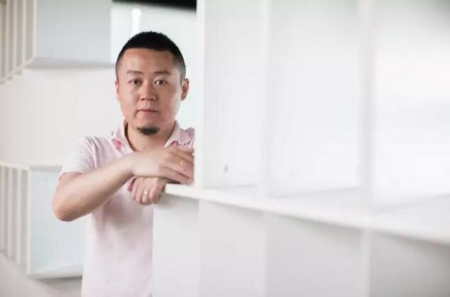 ▲掌充联合创始人兼COO胡燕华称,掌充的规划是,以浙江为基础,先南后北铺设,今年计划投放5万网点,覆盖2000万用户。