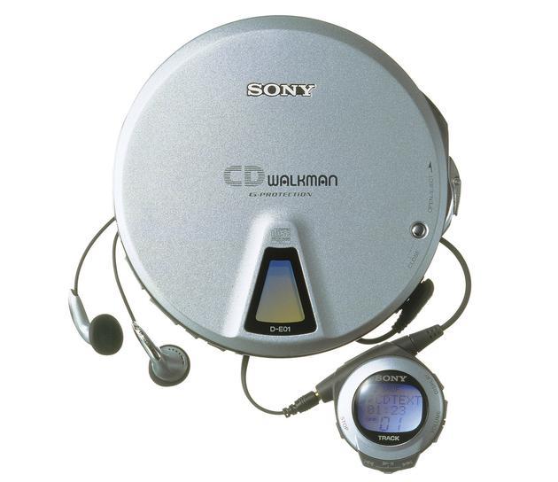 (1999 年,CD Walkman 十五周年纪念款)