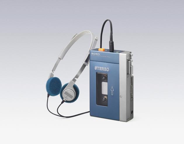 (1979 年诞生的初代 Walkman)