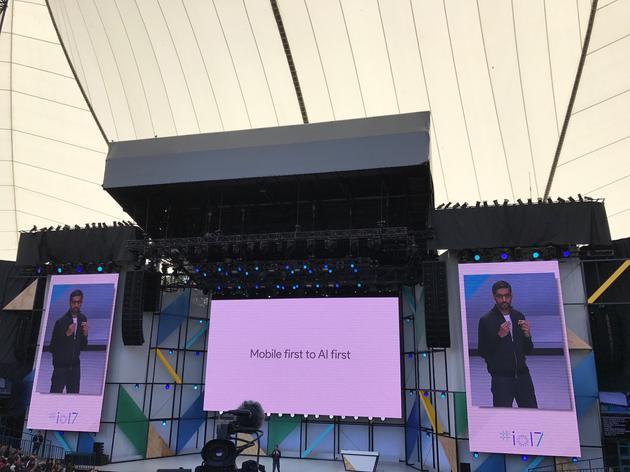 谷歌CEO提出:移动优先转向人工智能优先