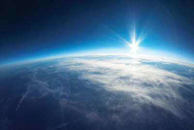地球为何出现奇怪闪光?NASA解开数十年谜题答案
