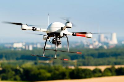 无人机风光不复当年 监管趋严加速行业洗牌