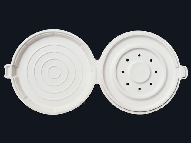 对于那些想把咖啡馆的披萨带回工作舱员工们来说,苹果所创造(并且申请了专利)的容器可以散发水蒸汽,防止其表面的脆皮变湿。