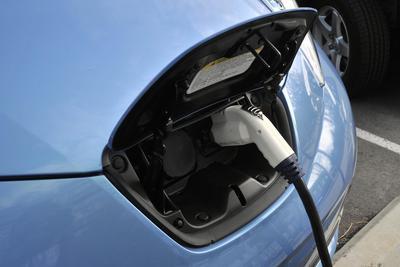 传金沙江资本将10亿美元收购日产汽车电池业务