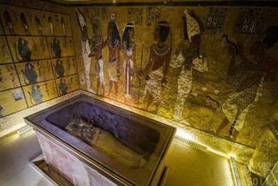 揭秘埃及法老图坦卡蒙神秘陵墓 110公斤纯金打造棺椁