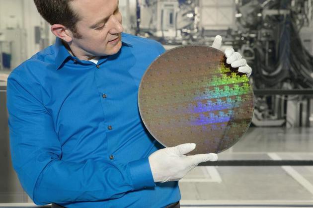 IBM推出全球首个5纳米工艺芯片 预计在2020年开始量产