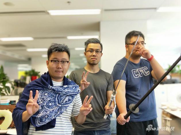 对,这些就是我的同事们