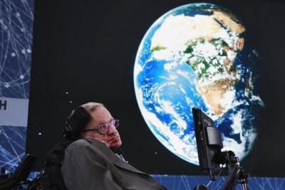 """人在椅中坐锅从八方来:这回砸霍金的是""""月球背面"""""""