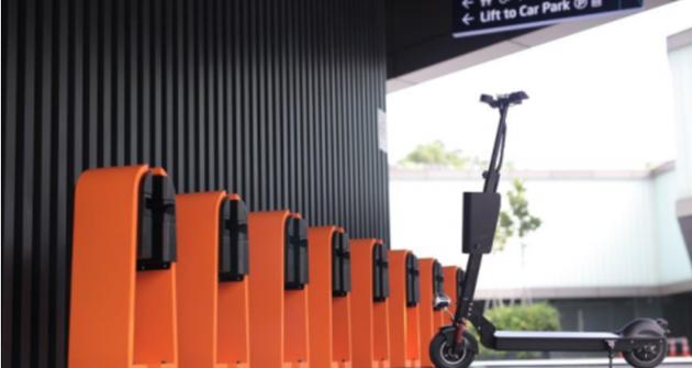 新加坡兴起共享电动滑板车:一小时收费接近10元
