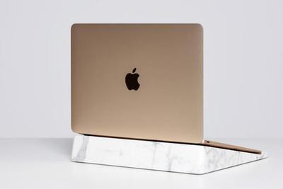 近三万的大理石电脑支架 Macbook算啥!