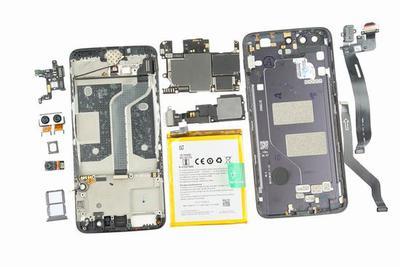 一加手机5拆解:传统的三段式设计/内部严丝合缝
