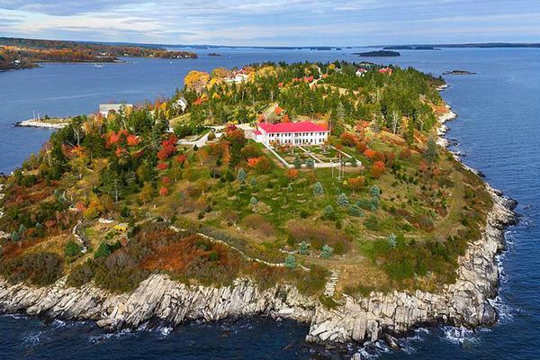 只要5400万人民币!美国35万平方米私人小岛设施齐备