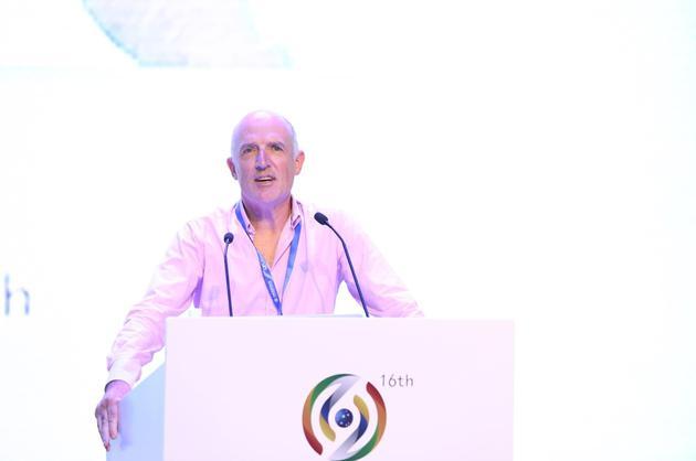 先锋堂公开课:APNIC总裁Paul Wilson作演讲
