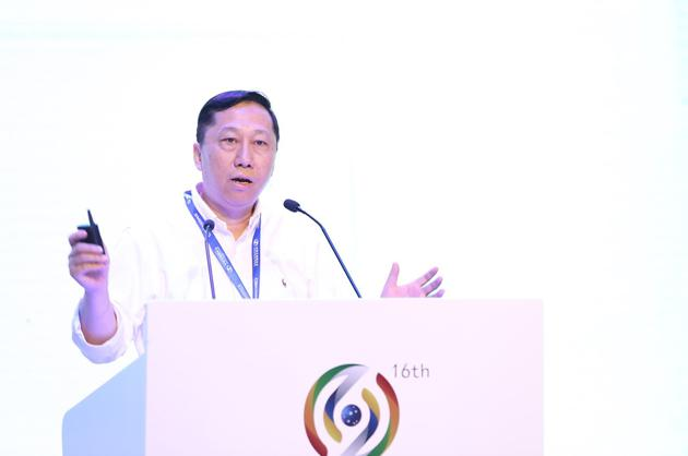 中民普惠董事长庄诺作演讲