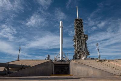马斯克:明年将在24小时内完成火箭回收再利用