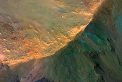 NASA与SpaceX展开火星任务对抗赛 谁将更胜一筹?
