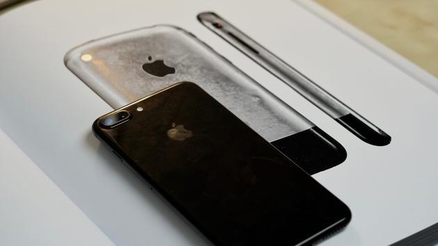 L形电池成关键 LG化学或独家为iPhone 9提供电池