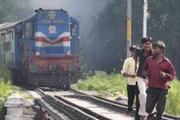 苹果为什么要帮印度建设高铁?还不是为了卖iPhone