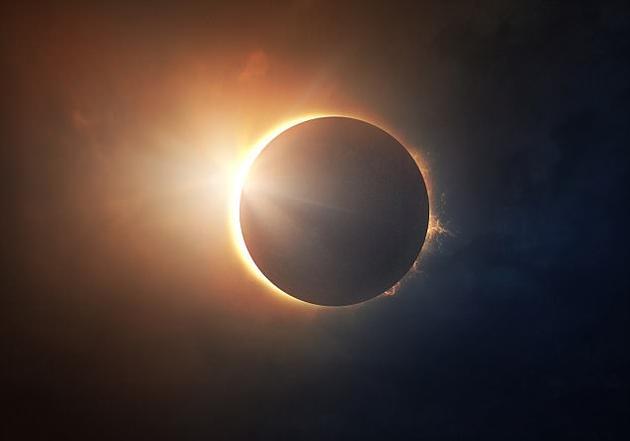在英国等地方,人们只能看到日偏食,而在当地时间8月21日,美国14个州的人将观赏到日全食的奇景。
