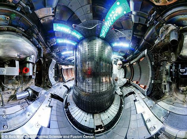 科学家找到了一种生产等离子体燃料的新方法,可产生大量核聚变能量。图为麻省理工特制的托塔马克Alcator C-Mod反应堆。