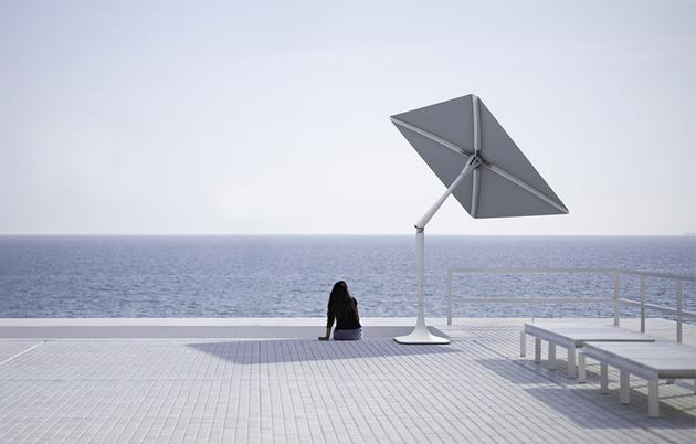 智能庭院伞是世界上**款可以追踪太阳的自动遮阳伞机器人