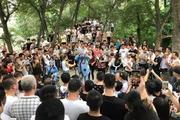 郑州尬舞江湖:连喊麦的都能红,我们为什么不可以?