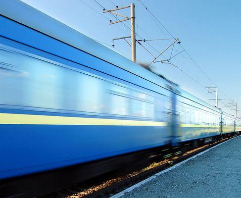 4000公里的奢华时速 消受不起的飞行列车