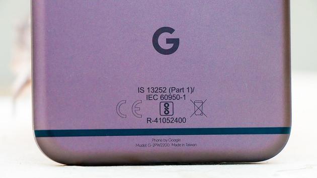 (以后的 Google 手机上不再会有代工厂的名字)