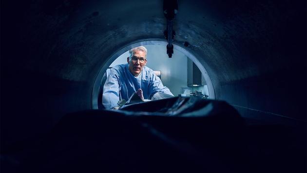 """人们开始倡导一种更清洁、更敏感的尸体处理方式——""""碱性水解尸体""""。"""
