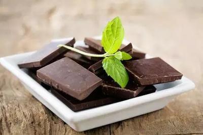 流言揭秘:吃黑巧克力就不发胖?