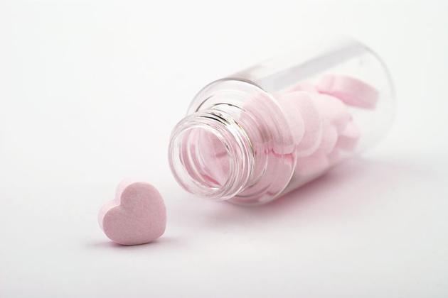 如果药物可以控制爱情 我们应该