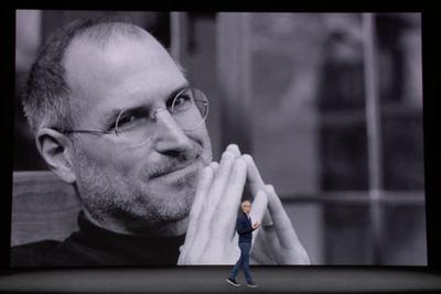 我错过了乔布斯和初代iPhone 十年后幸好没错过你