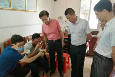 教授钟南山:PM2.5每增加10微克居民肺功能下降26毫升