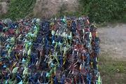 共享单车坟场:资本宠儿长眠于天价荒地