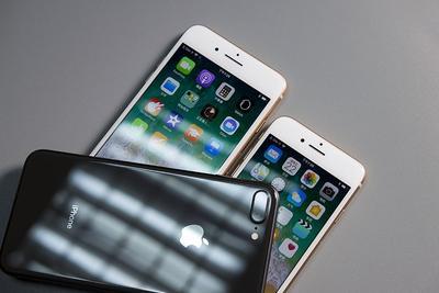 小屏iPhone再见:传明年苹果推3款新机 最小5.85英寸